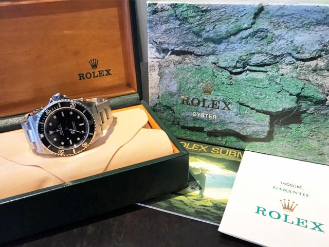 京都府のお客様より、ロレックス サブマリーナー 14060M(箱・保証書付属)を買取いたしました