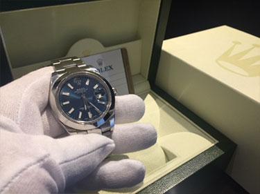 広島県のお客様より、ロレックス デイトジャスト2 116300(箱・保証書)を買取いたしました