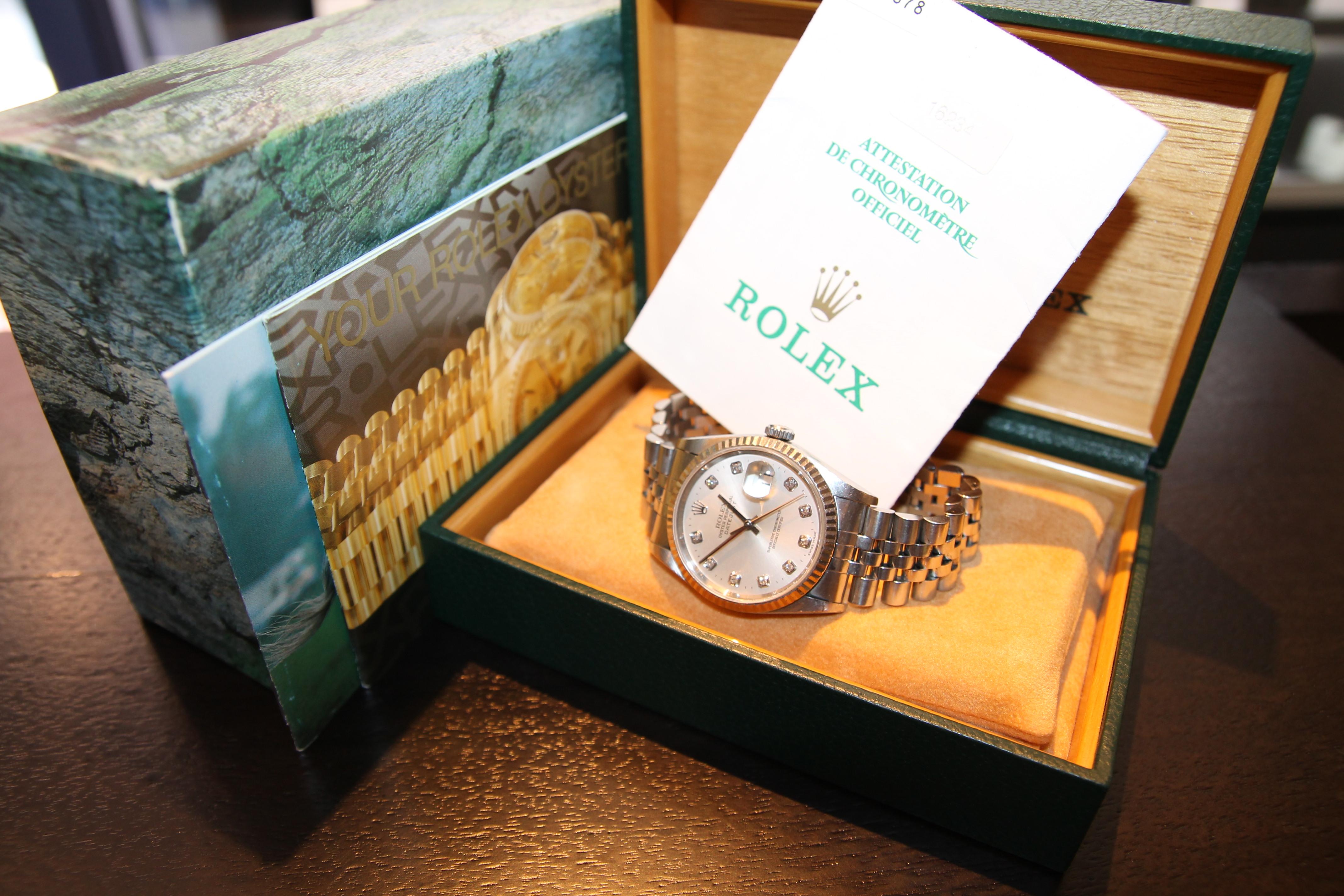 愛知県のお客様より、ロレックス デイトジャスト 16234G T番(箱・保証書付属)を買取いたしました