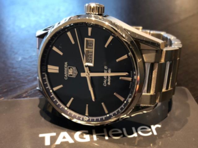 タグホイヤー カレラ キャリバー5 デイデイト WAR201E.BA0723を大分県のお客様より買取いたしました