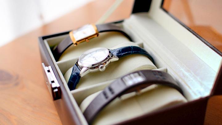 【買取】自宅にいながら簡単に時計を高く売りに出す方法は?【時短】
