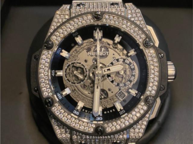 ウブロ キングパワー ウニコ チタニウムダイヤ 701.NX.0170.RX.1704を東京都のお客様より買取いたしました